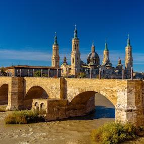 basilica del pilar, Zaragoza by Roberto Gonzalo Romero - City,  Street & Park  Vistas ( zaragoza, pilar, basilica )