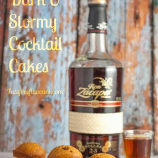 Dark & Stormy Cocktail Cupcakes