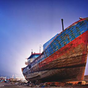 Giant by Mario Wibowo - Transportation Boats ( 2012, jakarta, nikon, boat, giant )