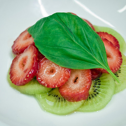 Strawberry Kiwi Basil Water