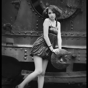 Locomotif Girl by Indra Wahyudi - Black & White Portraits & People