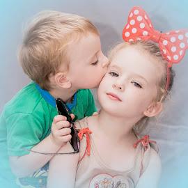 Love by Ansie Meintjes - Babies & Children Child Portraits ( love, child, child portrait, children, children photography )