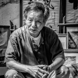 Artist by Vibeke Friis - People Portraits of Men ( hanoi, vietnam, artist, man,  )