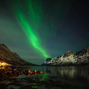 Ersfjordbotn! by Pierre Husson - Landscapes Starscapes ( winter, aurora borealis, ersfjorbotn, nightscape, norway,  )