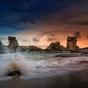 Klayar Splash by Andy R Effendi - Landscapes Waterscapes ( motion wave, klayar, landscape )