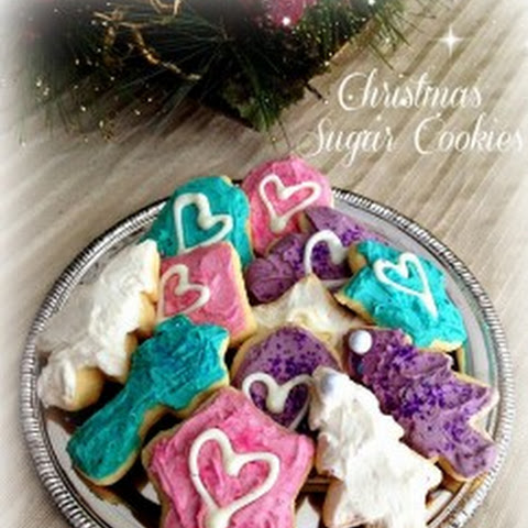 Pretty Christmas Sugar Cookies - 4th Day of Bloggy Christmas