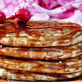 PANCAKES WITH CARAMEL SAUCE... by JORGE JACINTO - Food & Drink Candy & Dessert ( sweet, candy, food )