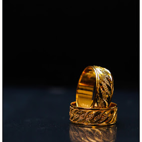 The Wedding Rings by Stuart Rango - Wedding Details