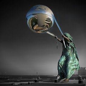 Freedom  by Wael Onsy - Buildings & Architecture Statues & Monuments
