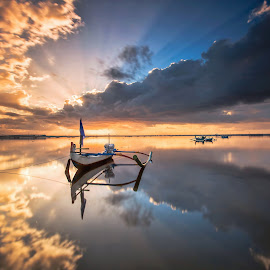 Perfections by Bertoni Siswanto - Landscapes Cloud Formations ( cloud formations, bali, roll, destination landscapes, transportations, bertoni siswanto, sunrise, boat, landscapes,  )