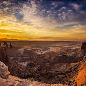 Canyonlands-Sunset.jpg