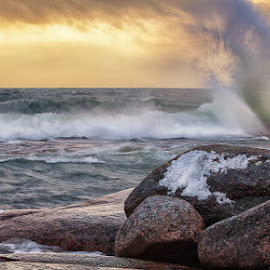 Storm in Emäsalo - Finland by Jari Johnsson - Landscapes Waterscapes