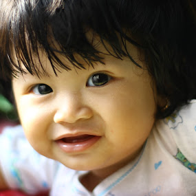 my baby Najwa wadinda 9 month by Freddy Hernawan - Babies & Children Babies ( najwa, baby, people )
