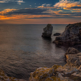 Sunrise at Tyulenovo by Krasimir Lazarov - Landscapes Sunsets & Sunrises ( black sea, tyulenovo, nature, waterscape, sea, tourism, seascape, rock formation, sunrise, travel locations, bulgaria )