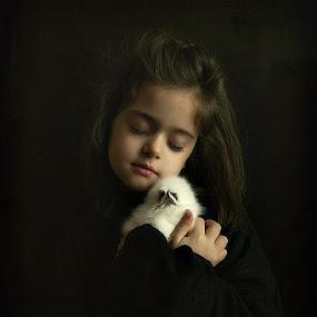 Marina and her rabbit by Χρήστος Λαμπριανίδης - Babies & Children Child Portraits ( portait, rabbit, girl,  )