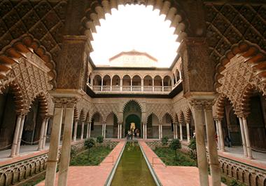 Los Reales Alcázares, un espacio único en el mundo
