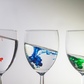 Angle One by Daniel Gorman - Artistic Objects Glass ( abstract, water, red, glasses, blue, green, drop, drops, glass )