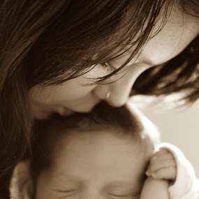 Little Newborn by Juli Paul - Babies & Children Babies ( aww, babies, birth, baby, cute, newborn )