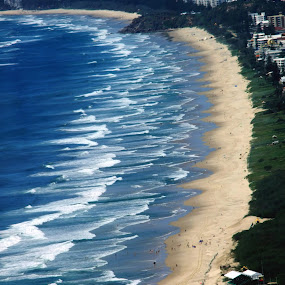 Surfers Paradise by Mike Mills - Landscapes Beaches ( surfers paradice, queensland, waves, sea, beach )