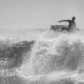 by Adam C Johnson - Sports & Fitness Surfing