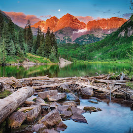 Maroon Bells Sunrise Moonset by Jim Buchanan - Landscapes Mountains & Hills ( moon, mountain, sunset, colorado, lake, maroon bells )