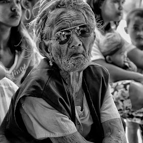 by Charliemagne Unggay - People Street & Candids ( street, portraiture, woman, b&w, portrait, person )