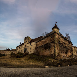 In The Light of The Morning Dream by Aliosa Camenic - Buildings & Architecture Public & Historical ( cold morning, fortress, old building, morning, brasov )