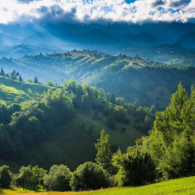 Sirnea by Catalin Caciuc - Landscapes Mountains & Hills ( hills, mountain, sirnea brasov romania landscape )