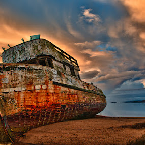 Old Boat by John Klingel - Artistic Objects Other Objects