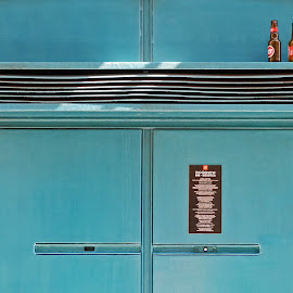 Icógnito Bar's door by day by Teresa Maia - Buildings & Architecture Architectural Detail