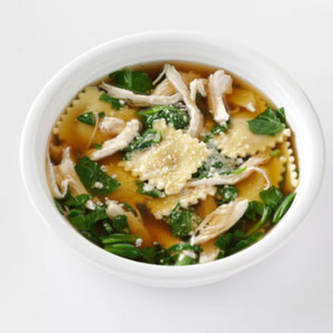 Quick Ravioli & Spinach Soup