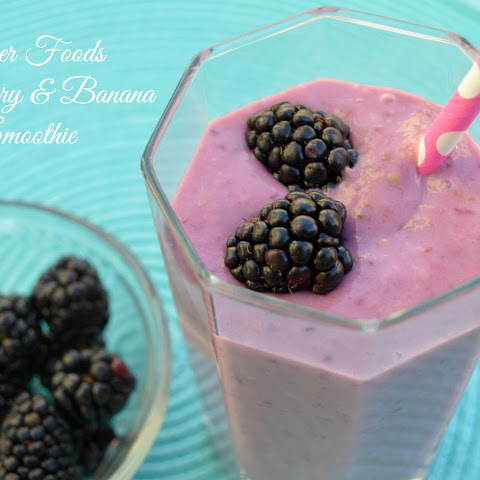 Blackberry and Banana Yogurt Smoothie