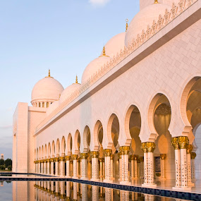 Sheikh Zayed Grand Mosque by Viktoryia Vinnikava - Buildings & Architecture Places of Worship ( building, reflection, colorful, mosque, zayed, architecture, religion, sheikh, pool, grand, sunset, uae, abu dhabi )