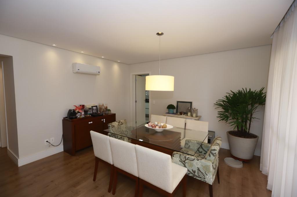 Apartamento com quartos para Alugar, 167 m²