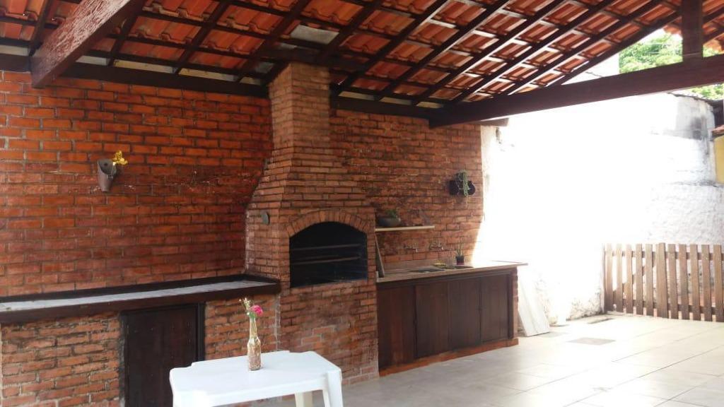 Excelente casa três suites em dois terrenos entrada de Itacoatiara