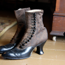 by Eva Pastor - Artistic Objects Clothing & Accessories ( shoes, women's boots, boots,  )