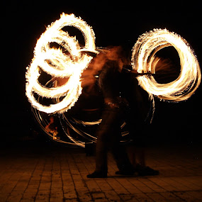 Fire dancing by Jakub Juszyński - News & Events Entertainment ( two, dark, night, dance, fire )