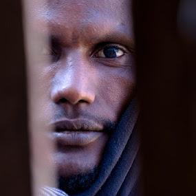 Etiopia by Dolors Bas Vall - People Portraits of Men