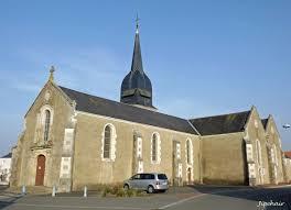 photo de église ST SAUVEUR (église LE PERRIER)