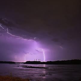 Lightning by Tony Bendele - Landscapes Weather ( clouds, thunderstorms, lightning, sky, thunderstorm )