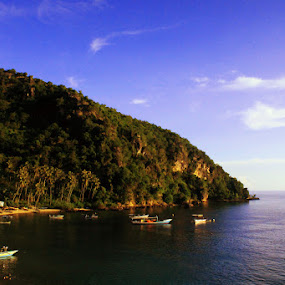 Oluhuta by Suwito Pomalingo - Landscapes Beaches