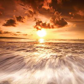 Sunset in Bali by Eng Lp - Landscapes Sunsets & Sunrises ( indonesia, sunset, nusantara, sea, beach, landscape,  )