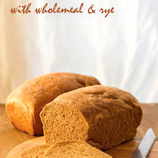 Sandwich Bread With Wholemeal & Rye