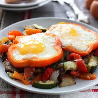 Sunny Side Up Eggs with Veggies