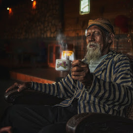 Let's drink by Indrawan Ekomurtomo - People Portraits of Men
