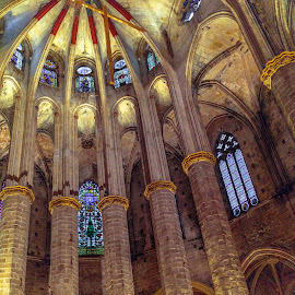 by Roberto Gonzalo Romero - Buildings & Architecture Places of Worship