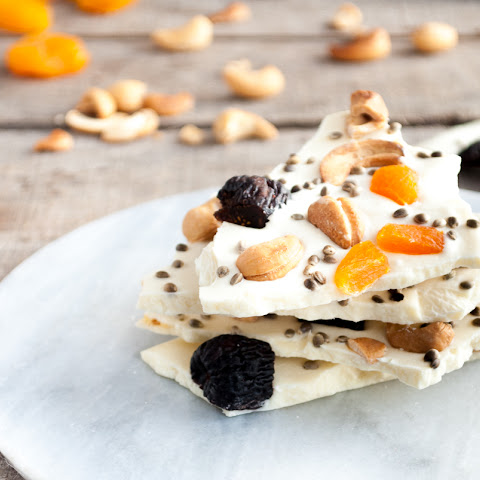 White Chocolate Hemp Bark with Fruits and Nuts