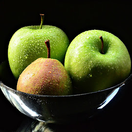 Frosted Apples by Prasanta Das - Food & Drink Fruits & Vegetables ( bowl, apples, frosted )
