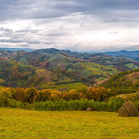 Holbav by Ana Maria - Novices Only Landscapes ( countryside, mountain, autumn, colors )