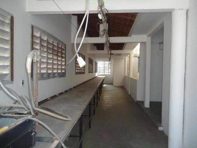 Prédio à Venda - Quintino Cunha